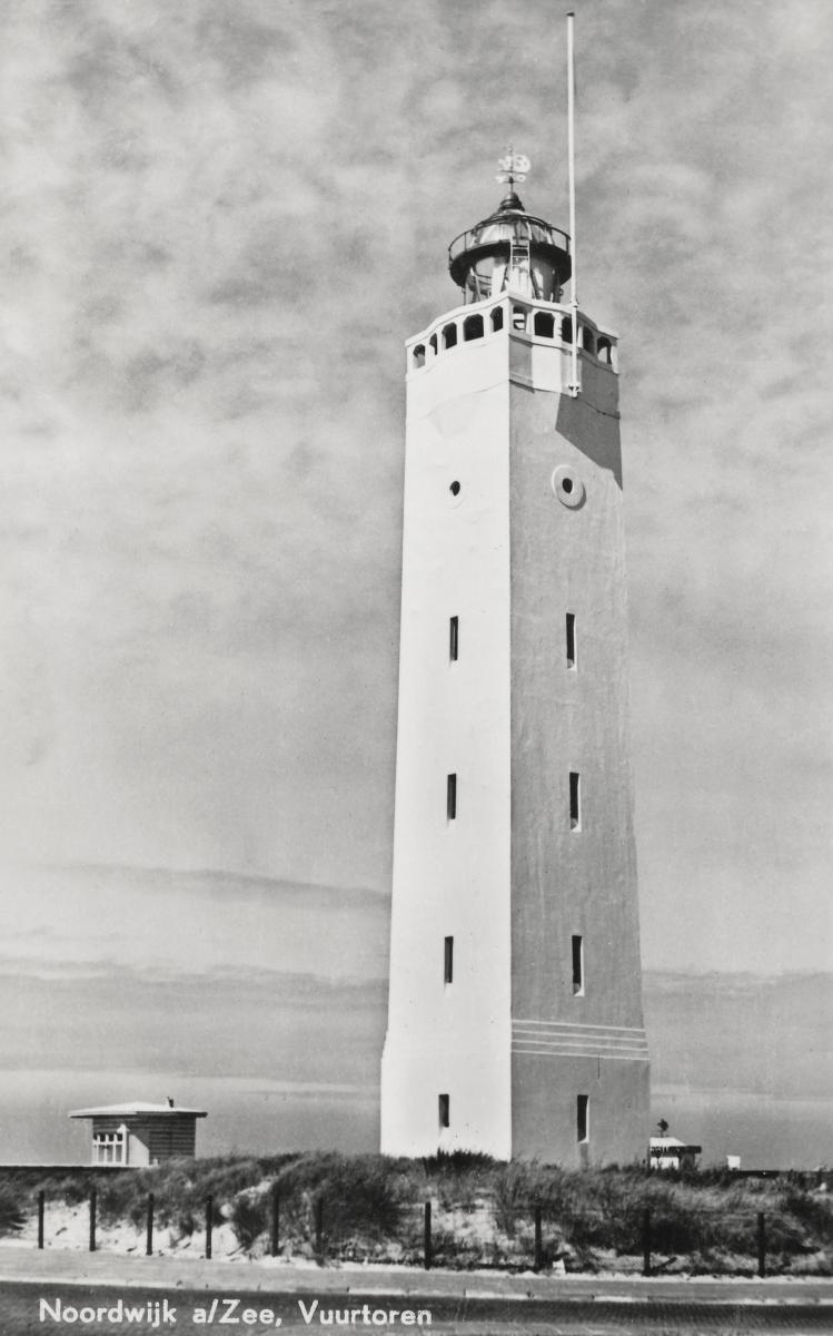Noordwijk aan Zee in 1951 ansichtkaart