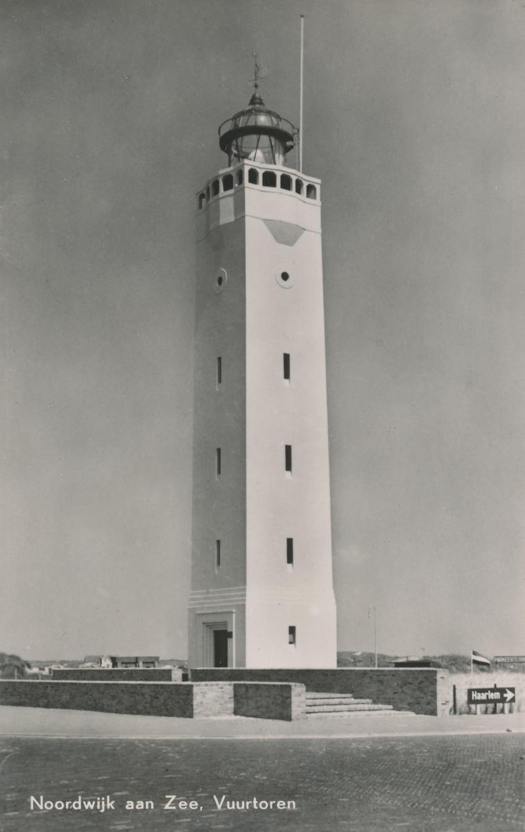 Noordwijk aan Zee in 1953 ansichtkaart